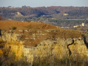 Red Wing - Barn Bluff